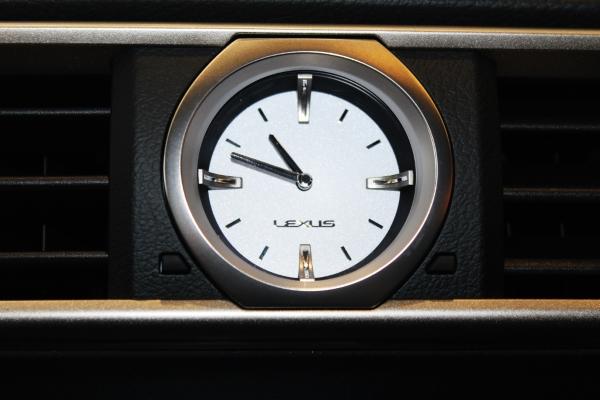 Таксометр  Lexus RC 200t